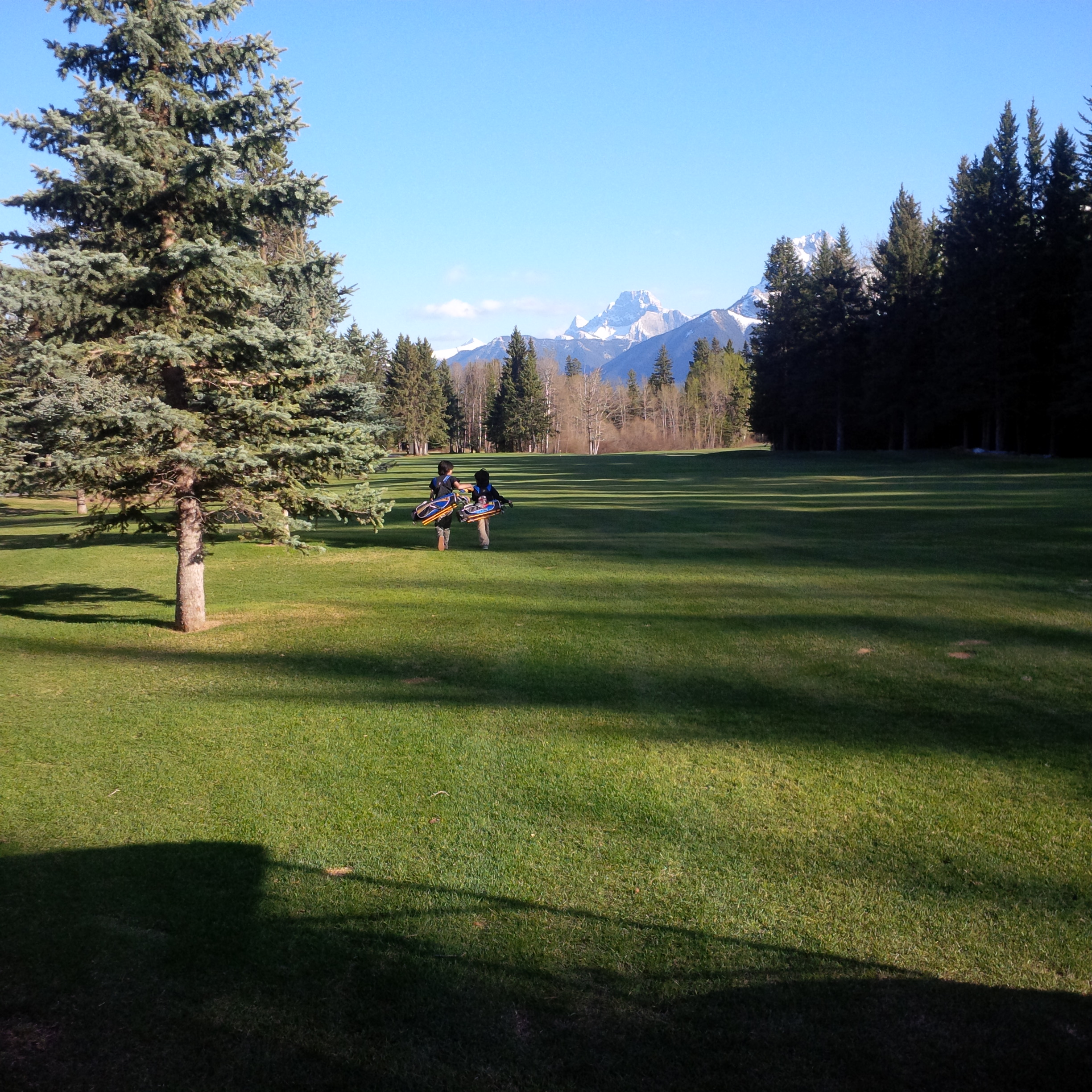 Golf playing lesson at Canmore G&CC